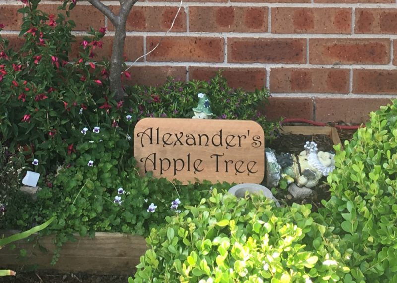 garden-plaque